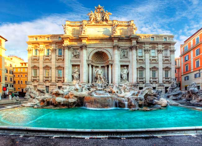 Don't miss any attraction such as the majestic Fontana di Trevi, Colosseum, Pantheon or Roman Forum.
